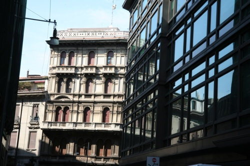 Architecture en allant vers la place Cordusio
