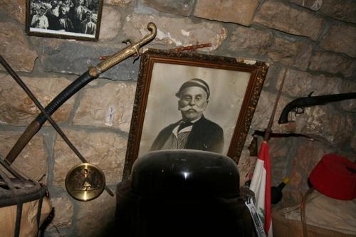 L'arrière grand père, spécialiste des vers à soie