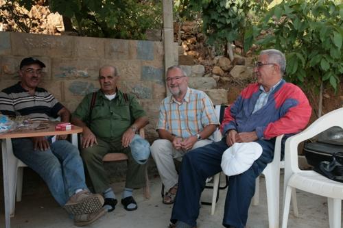 De gauche à droite, Raymond, Mouin, Moi et Chéhadeh