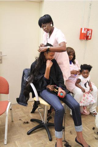 """Les coiffures ont beaucoup d'importance un stand leur était destiné """"Beautémétisse"""""""