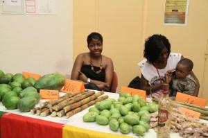 Le matin même Samuel était allé à Roissy récupérer les produits venant du cameroun pour les vendre aus participants de la soirée