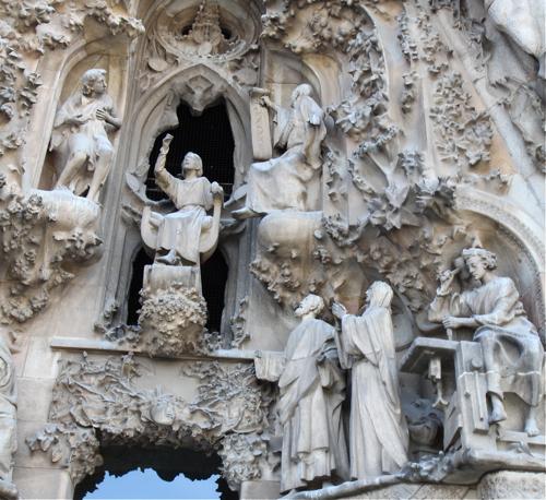 Autres détail de la facade de la Nativité