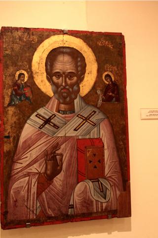 St Nicolas, dans le St Nicolas, icône du monastère Moni Agia Triada près de La Canée. Seul musée de monastère où la photo ne soit pas interdite et surveillée.