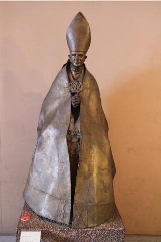 Paul VI ( 1963-1978) le fondateur de ce Musée. Ce bronze daté de 1965 est l'oeuvre de Lello Scorzelli ( 1921-1997).