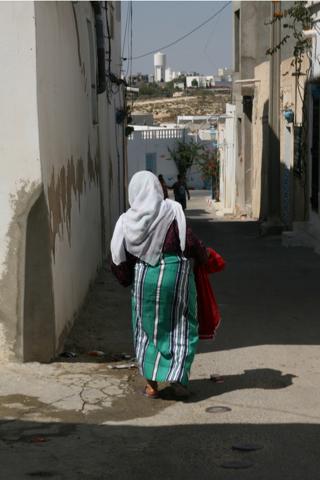 Dans les rues d'Hergla, au nord de Sousse, loin des hôtels