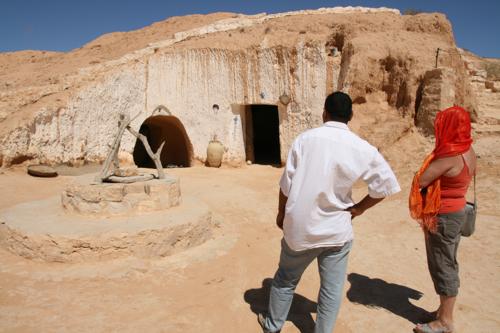 L'entrée de la maison de Jamel et Salia.