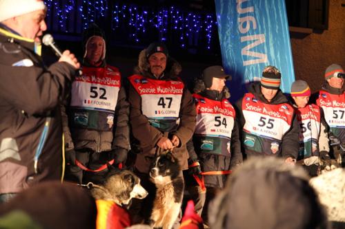 Thierry lors de la présentation des mushers lors de l'ouverture du Trophée Haute Maurienne