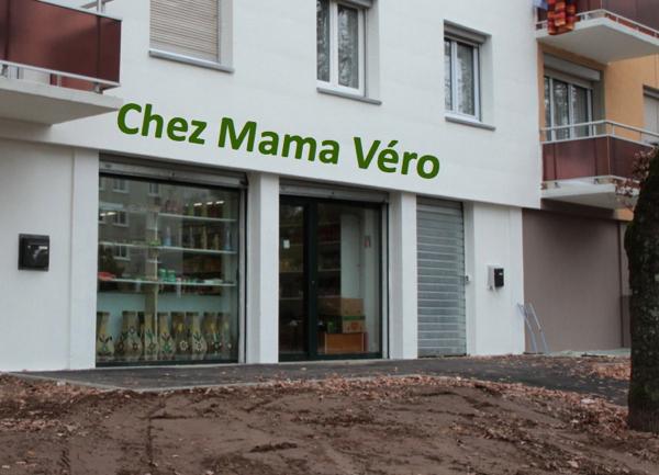 Le nouveau magasin de Véronique, attention l'enseigne son rêve est un montage !