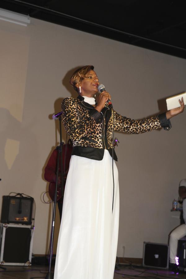 Dora Decca, la star de la diaspora  camerounaise parraine Solicoeur et chante ce soir