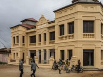 La villa Ajavon, de style afro-brésilien, accueille les collections du nouveau musée. (Photo RFI)