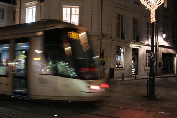 Au passage du tram