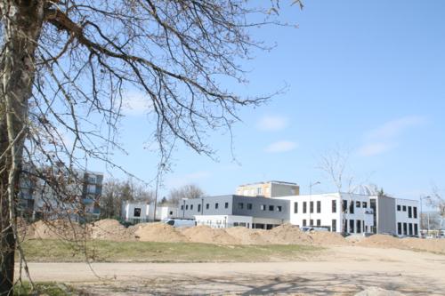 Vue générale de la mosquée en construction