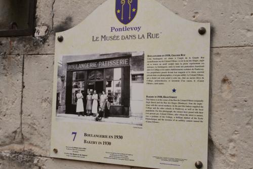 Plusieurs photos retraçe le passé de Pontlevoy