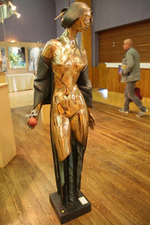 Grenadine bronze de Albert Avetissian