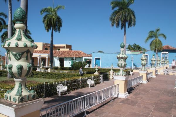 Céramiques sur la place Mayor à Trinidad