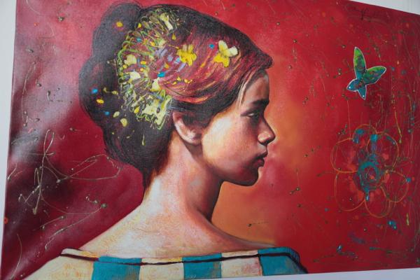 Dans une galerie de Trinidad