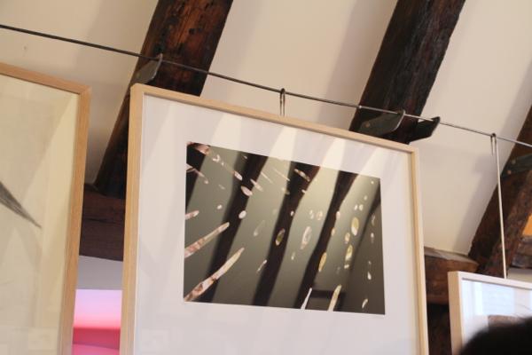 Même sous son cadre en verre la photo réalisée par Coralie joue avec la lumière...