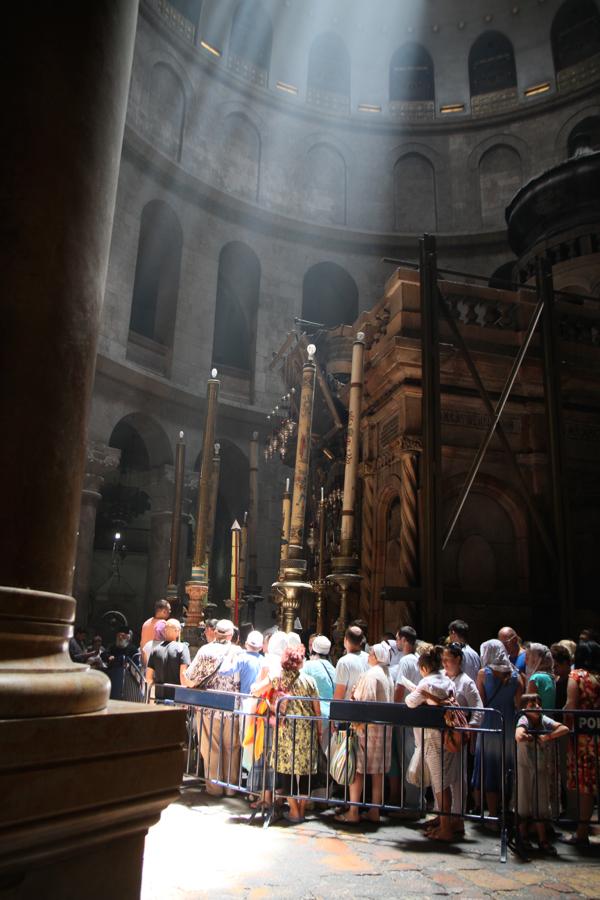 Le tombeau du Christ sous la Coupole du Saint Sépulcre